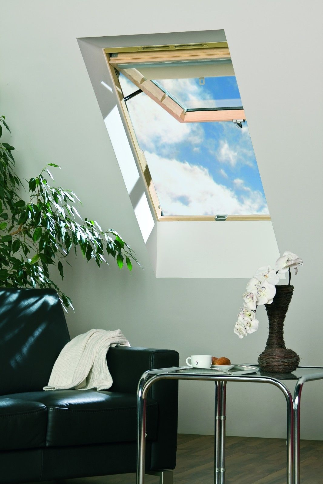 Skylight-Roof-window-78x98-with-free-flashing-7.jpg